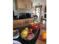 Fruit bowl with banana hook
