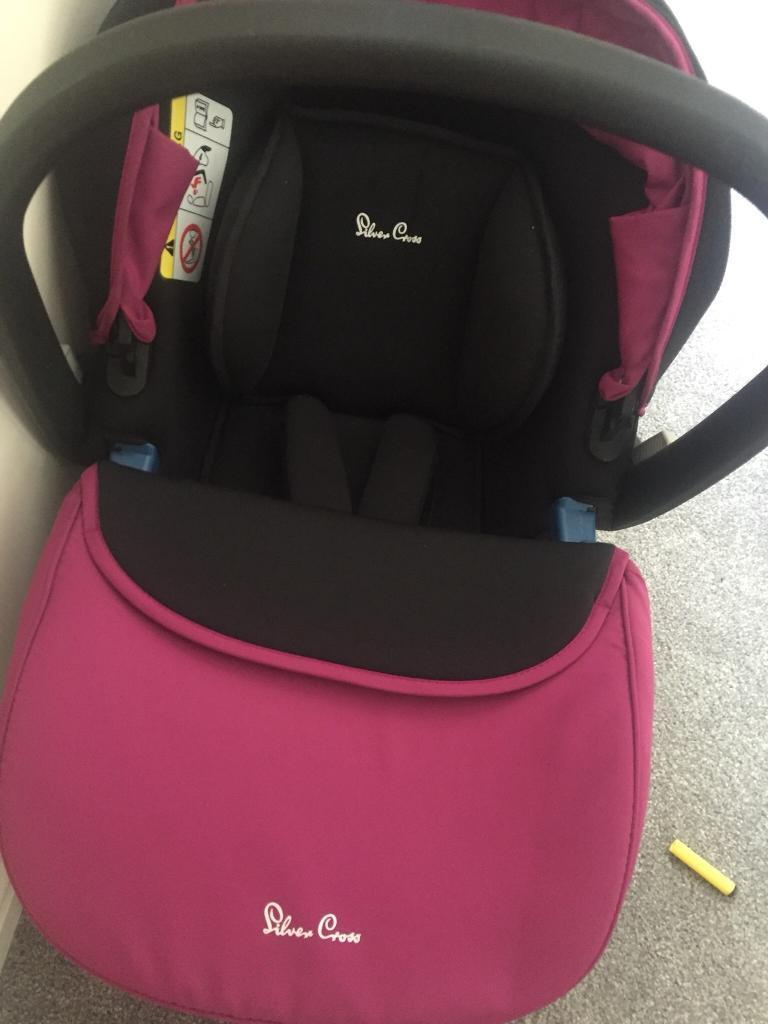 Silver cross car seat AND BASE
