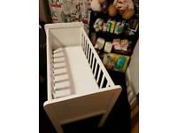 Baby crib with matress