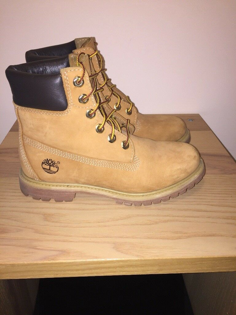 Timberland Boots - Woman's Size 5 UK - genuine Timberlands - excellent condition