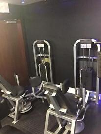 LIFE FITNESS ADDUCTOR & ABDUCTOR