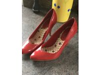 New Red patent court shoes - size 4