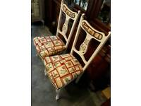 2 bedroom /lounge chairs