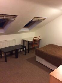Double rooms to let -Telephone road