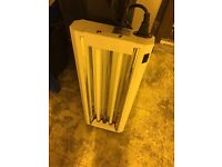 Cheshunt Hydroponics Store - used 2ft 2 tube T5 propagation grow light