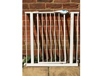 baby/child safety gate and all its fittings