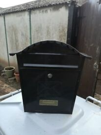 Metal Post Box - Black - With 2 Keys