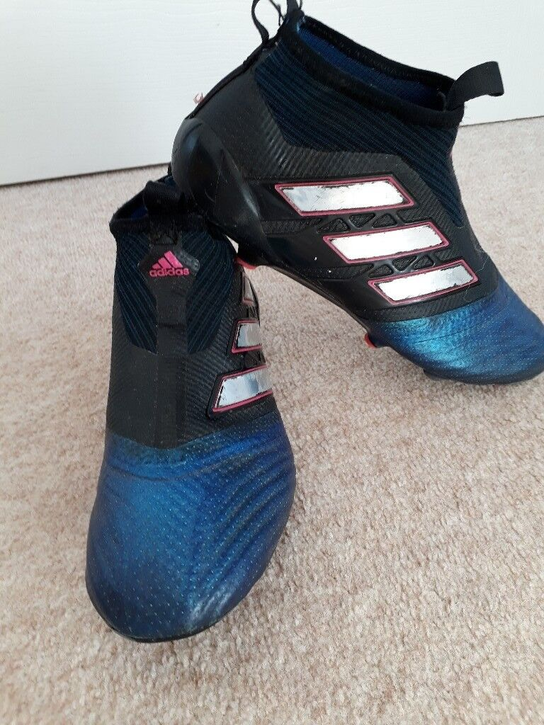 29cac88d92db Laceless Adidas Football Boots | in Portlethen, Aberdeen | Gumtree