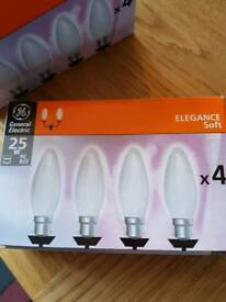 5 x 4 pack 25w Soft White large bayonet candle bulbs