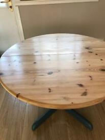 Upcycled pine table