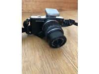 Olympus E-PM1 camera, hardly used
