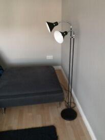 Black and chrome retro / vintage style floor lamp / standing lamp £25