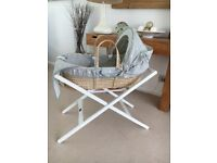 Mamas&papas Moses basket with stand