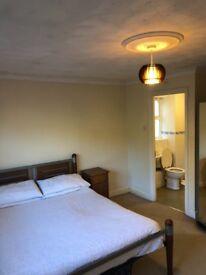 Chafford Hundred Master En Suite Room