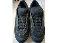 Nike trainers black size 5 as New, genuine
