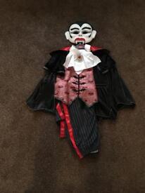 Halloween Dracula Costume Age 7/9