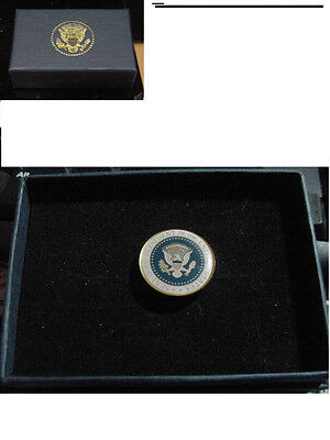 New  presidential George W Bush Lapel Pin color seal