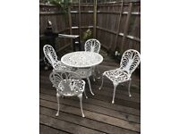 Outdoor furniture - table + 4 chairs in great condition