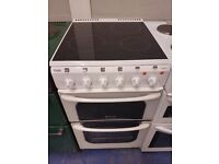 White 550cm ceramic cooker is in perfect working order