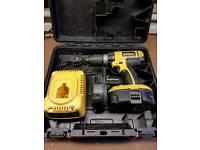 Dewalt 18v drill with 2 batteries