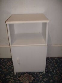 Bedside cabinet 123/12/17