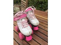 Kids roller boots size 12 but more like 11