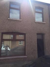 3 Bed Terrace house