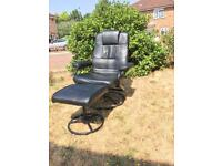 Black Recliner chair very good condition