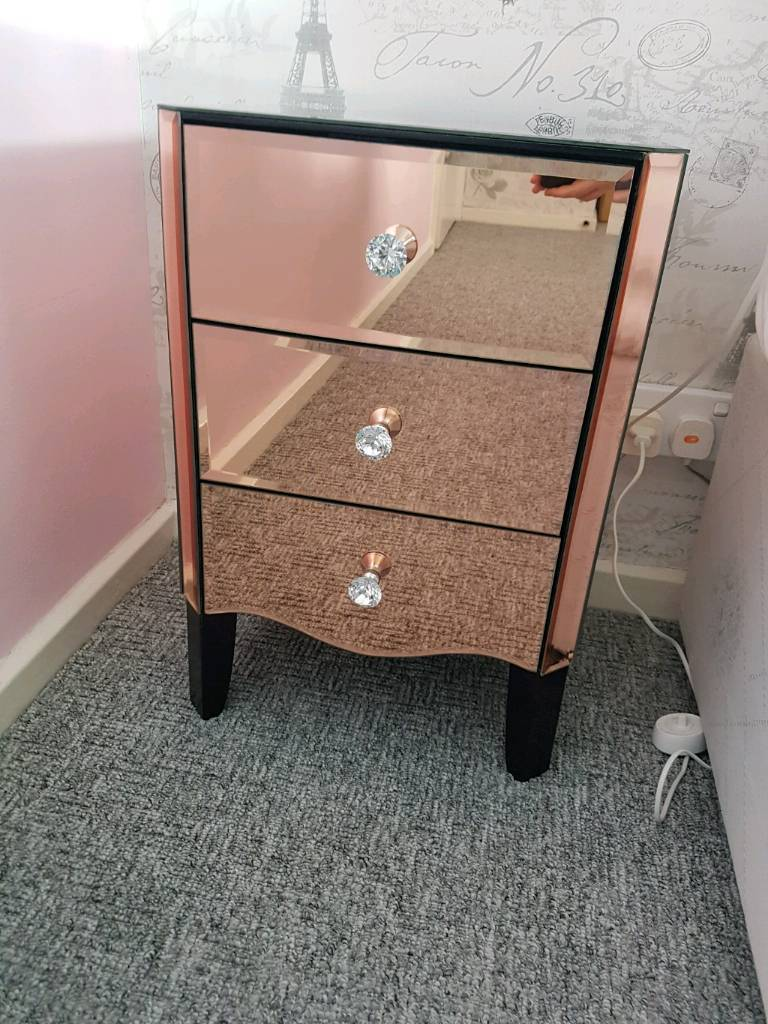 Pair of dunelm viola rose gold mirrored bedside tables for Mirror bedside table