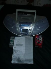 Panasonic stereo, CD/Radio/Tape comes with remote and instructions
