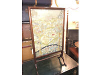 Fine Antique Mahogany Framed Fire Screen/Guard Tapestry Stitched