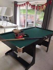 Snooker/pool table - foldable