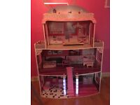4 storey light up dolls house with furniture only £30 !