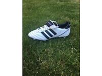Adidas kaiser 5 (white) UK 6.5