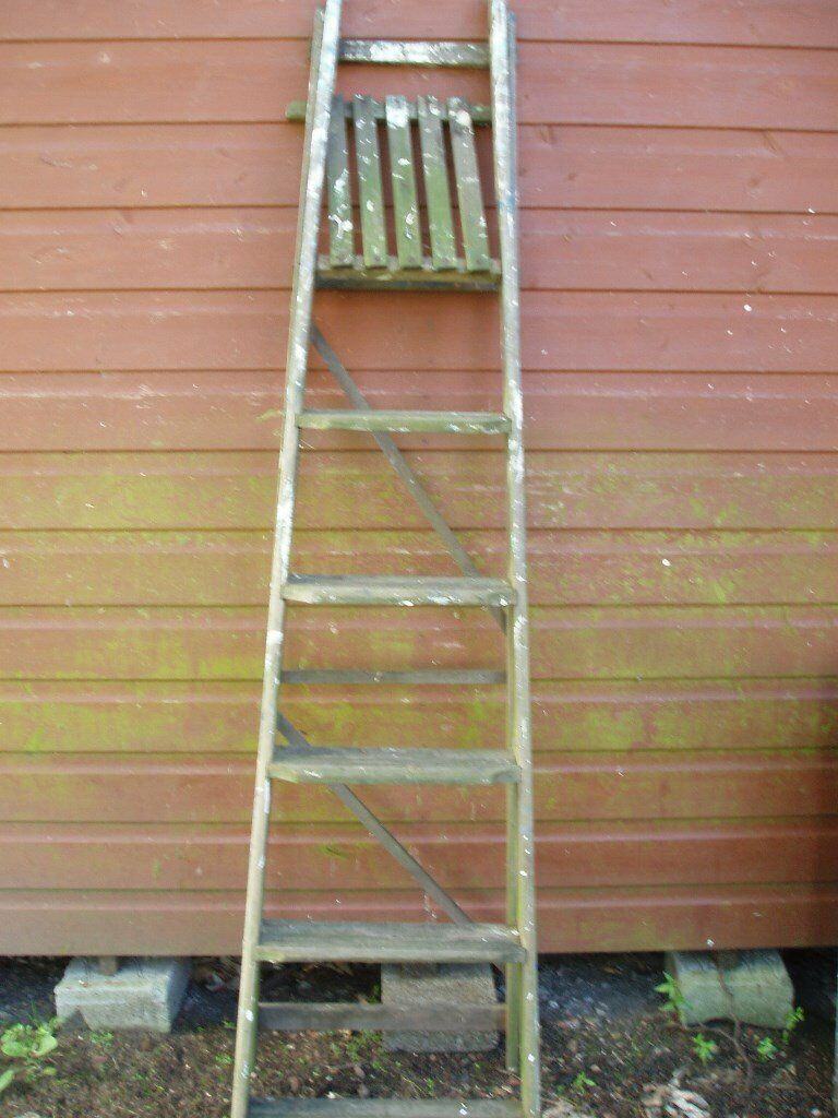 6 12 Foot Tall App Wooden Step Ladder With Top Platform In Lenzie Glasgow Gumtree