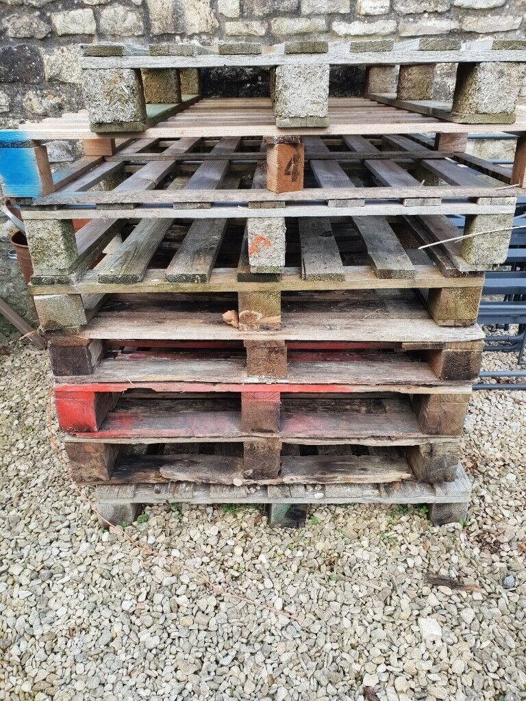 8 Wooden Pallets - free to collect | in Whitchurch ...