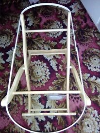 Moses basket wooden stands