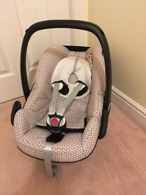 Maxi-Cosi Baby Carrier/Car Seat