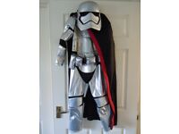 Official Disney Store Star Wars Captain Phasma Kids Fancy Dress Costume 7/8 years old
