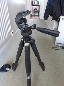 Giottos Carbon Fibre tripod for Camera or Spotting Scope