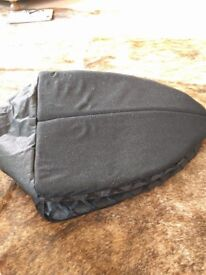 Brand new Pet folding igloo
