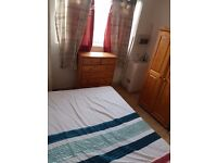 Short or Long Stay Double Room for 1 Person Avail in Fulham