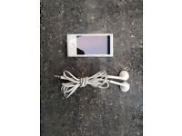 Apple iPod Nano 7th Generation 16GB - Silver
