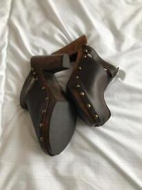 Unused Wooden and brown leather clogs
