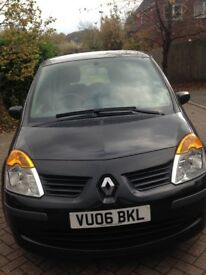 Black Renault Modus,2006.,low mileage,new cambelt fitted last year,motd till march 2018