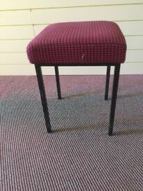 6 SMALL SQUARE STOOLS WITH METAL LEGS - PERFECT FOR UPCYCLING!