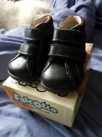 Falcotto navy first shoes Infant size 3J