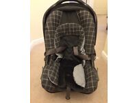 Push chair with car seat..