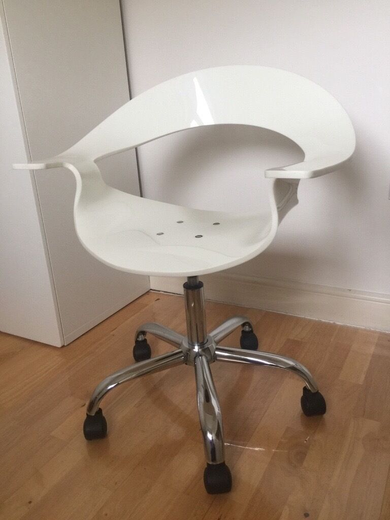 TK Maxx CONTEMPORARY WHITE OFFICE CHAIR Wheels Revolving Desk - Office chairs leicester