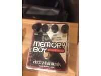 Electro-Harmonix Memory Boy Analogue Delay Guitar Effect Pedal